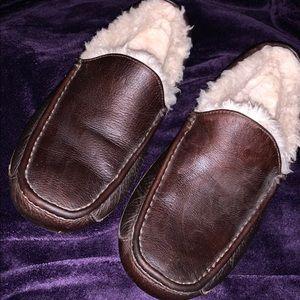 UGGS men's slippers